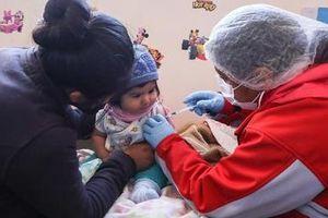 Hơn 22 triệu người có nguy cơ mắc sởi, sốt vàng da, bại liệt do bị gián đoạn tiêm chủng