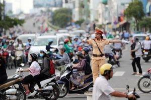 Hà Nội tập trung thực hiện các nhiệm vụ trọng tâm trong bảo đảm trật tự, an toàn giao thông