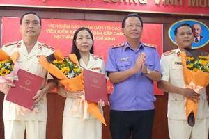 VKSND cấp cao tại TP HCM trao quyết định bổ nhiệm, điều động công chức