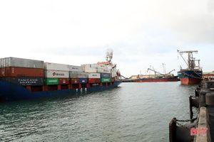 Hà Tĩnh thông qua chính sách hỗ trợ vận chuyển bằng tàu biển vào, ra cảng Vũng Áng