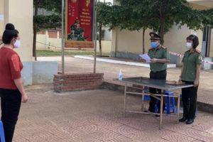 Sơn La: Khởi tố người phụ nữ tổ chức nhập cảnh 'chui' giá 1 triệu đồng