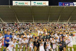 HAGL của bầu Đức bay cao: Hàng triệu người hâm mộ sướng nhưng tiếc cho V.League!