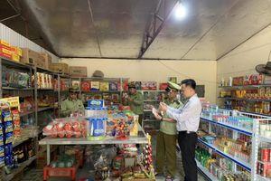 Phú Thọ: Phát hiện cửa hàng tạp hóa bán bột ngọt giả mạo nhãn hiệu AJINOMOTO