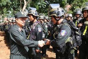 Ghi ở Trung đoàn Cảnh sát cơ động hai lần được phong Anh hùng