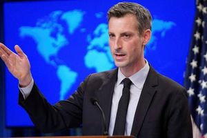 Không muốn tắt liên lạc với Nga nhưng Mỹ vẫn nói cứng