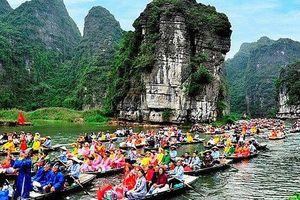 Hàng loạt hoạt động du lịch, lễ hội dịp nghỉ lễ bị hoãn, hủy