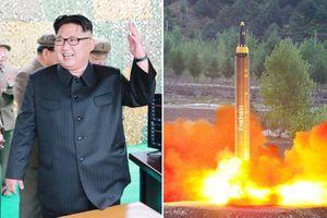 Tên lửa 'sát thủ đảo Guam' của Triều Tiên có gì khiến Mỹ sợ?