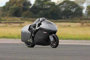 'Thần gió' Suzuki Hayabusa độ turbo sẽ lập kỷ lục tốc độ 482km/h