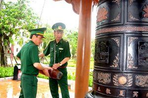 BĐBP Quảng Bình đặt vòng hoa, dâng hương tại Đền thờ Bác Hồ