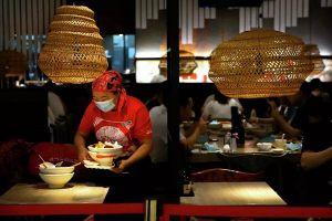 Trung Quốc thông qua luật chống lãng phí thực phẩm