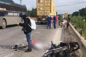 Video TNGT 30/4: 1 người tử vong sau va chạm với xe đầu kéo trên QL1