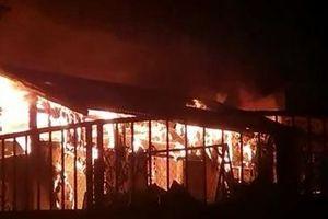 Hỏa hoạn thiêu rụi hai căn nhà của gia đình đặc biệt khó khăn