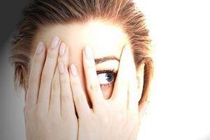 Sợ sáng - dấu hiệu của nhiều bệnh