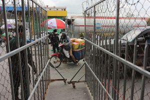 Số ca nhiễm Covid-19 mới tại Campuchia lần đầu giảm sau nhiều ngày