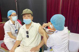 Quận Đống Đa: Gần 2.900 người được tiêm vacxin phòng Covid-19 đợt II