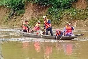 Quảng Bình: Tìm thấy thi thể người đàn ông bị nước lũ cuốn trôi