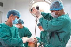 Bệnh viện Đa khoa Cửa Đông phẫu thuật kết hợp xương bằng đinh nội tủy thành công