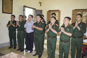 Hội Cựu chiến binh TTXVN thăm chiến trường Điện Biên Phủ