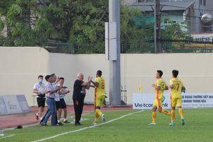 Sông Lam Nghệ An khủng hoảng và cơ hội để Đông Á Thanh Hóa giành 3 điểm trong trận derby Bắc Trung bộ