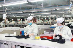 Phát triển công nghiệp chế biến, chế tạo trong các KCN, KKT