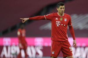 Bayern bất ngờ rao bán tiền đạo Lewandowski