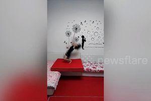 Bé gái Trung Quốc nhào lộn 60 lần liên tiếp trong 40 giây