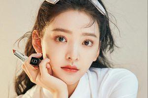 Nữ diễn viên đánh bại Cổ Thiên Lạc, Quách Phú Thành ở phòng vé là ai?