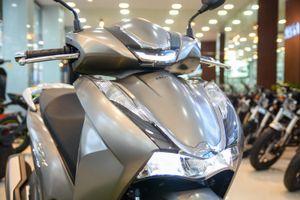Honda SH 350i có giá 380 triệu đồng tại TP.HCM