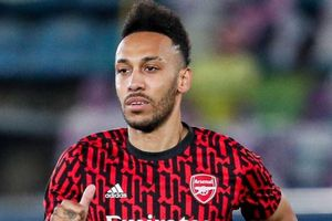 Arsenal vs Newcastle: Aubameyang trở lại