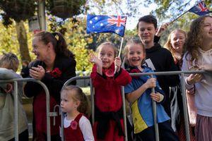 Australia chi mạnh cho chăm sóc trẻ em để khuyến khích phụ nữ