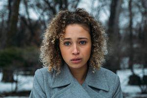 Đạo diễn phim kinh dị Simon Barrett tái xuất với 'Cầu hồn' nghe tên đã 'lạnh gáy'