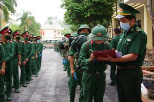 Điện Biên: Tăng cường 90 chiến sĩ chống dịch Covid-19 ở biên giới