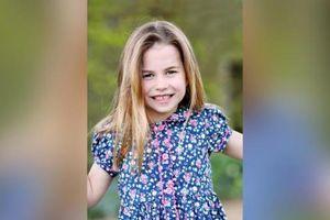 Công chúa Charlotte tròn 6 tuổi