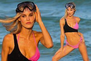 Mẫu 9x Joy Corrigan chụp bikini nóng 'bỏng mắt'
