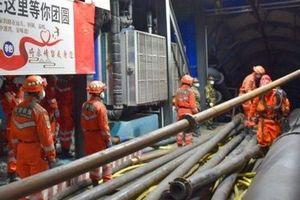 Trung Quốc quyết cứu 21 thợ mỏ mắc kẹt trong hầm hơn 20 ngày