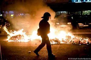 Biểu tình quy mô lớn tại Đức, Pháp, Anh làm nhiều cảnh sát bị thương