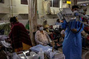 Thảm kịch Covid-19 ở Ấn Độ: Chúng tôi đã gõ cửa 15 bệnh viện trước khi mẹ mình qua đời