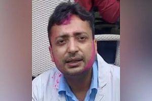 Bác sĩ chống COVID-19 ở Ấn Độ tự sát