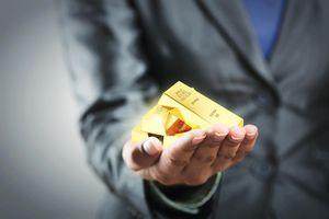 Giá vàng hôm nay ngày 2/5: Giá vàng loay hoay dưới ngưỡng 1.800 USD/ounce