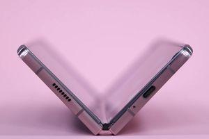 Tài liệu tiếp thị của Samsung hé lộ chi tiết quan trọng về Z Fold 3