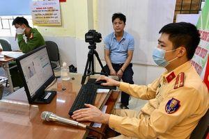 Công an huyện Sóc Sơn 'gác' nghỉ lễ cấp căn cước cho công dân