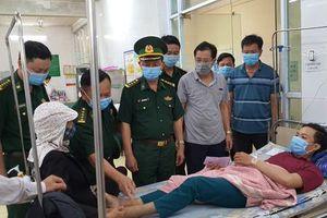 Đi tuần tra đêm, một dân quân trẻ nhập viện cấp cứu vì rắn độc cắn