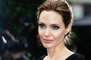 Lý do nào khiến Angelina Jolie chấp nhận hóa thân thành một lính cứu hỏa trong phim mới?