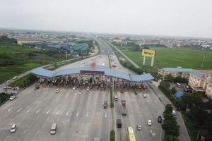 Đường phố Hà Nội thông thoáng trong ngày người dân trở lại sau nghỉ lễ