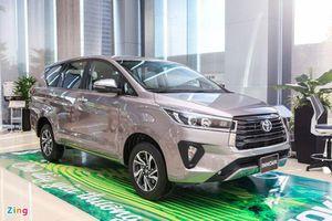 Toyota Innova chật vật trước sức ép từ Mitsubishi và Suzuki
