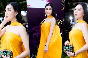 Hoa hậu Huỳnh Thúy Anh đẹp tỏa sáng tại họp báo Miss Earth Việt Nam 2021