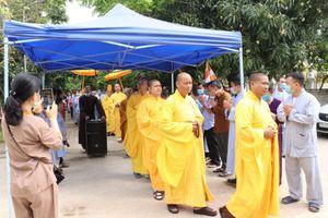 Chùa Phổ Môn rót đồng tạo tôn tượng Phật Dược Sư
