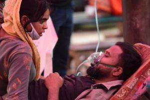 Người giàu cũng khóc trước đại dịch COVID-19 ở Ấn Độ