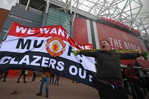 CĐV MU biểu tình làm loạn Old Trafford: 'Đây mới là điểm khởi đầu'