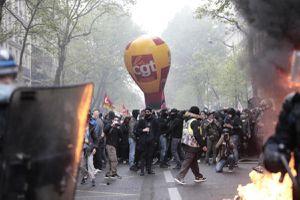 Pháp điều tra các vụ bạo lực bên lề biểu tình ngày Quốc tế Lao động
